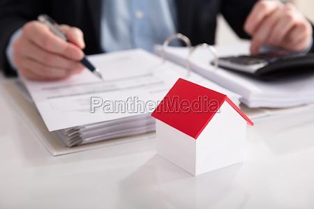 calcolatore elaboratore finanza tassa tasse calcolatrice