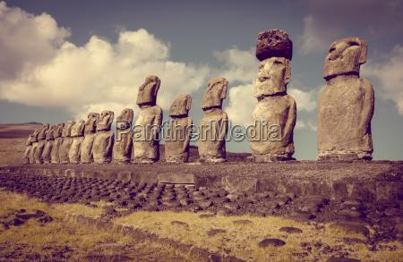 statua scultura cile polinesia