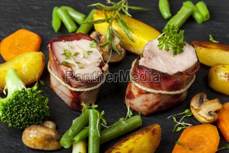 verdura ardesia grigliato filetto carne di