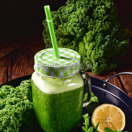 bere verde freschezza succo cavolo fresco