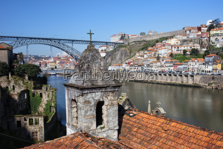 porto e gaia cityscape in portogallo