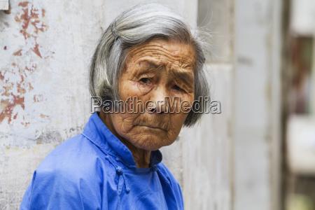 vecchia donna cinesehongcunanhuicina