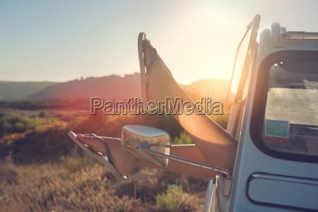 gambe vacanza vacanze estate auto veicolo