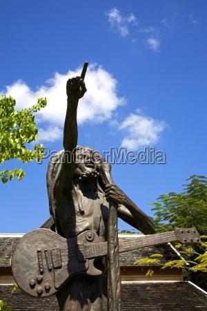 statua di bob marley di christopher