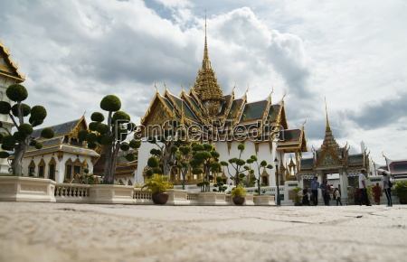 the royal palace bangkok thailand