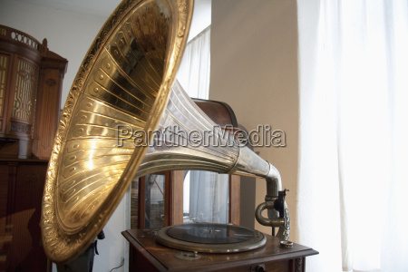 grammofono in mostra presso il gabinetto