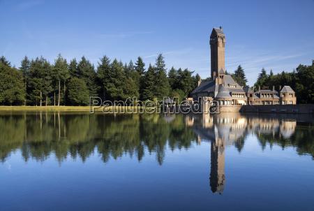 torre albero alberi parco nazionale riflesso