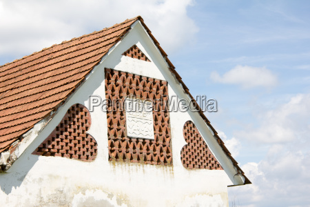 vecchia dependance rurale con mattoni a