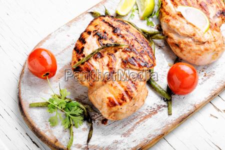 cibo griglia barbecue pollo grigliato inferiate