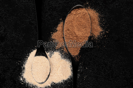 cibo nero radice tradizionale secco asciutto