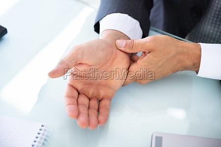 dolore rubata raccordi professionale malattia nervo