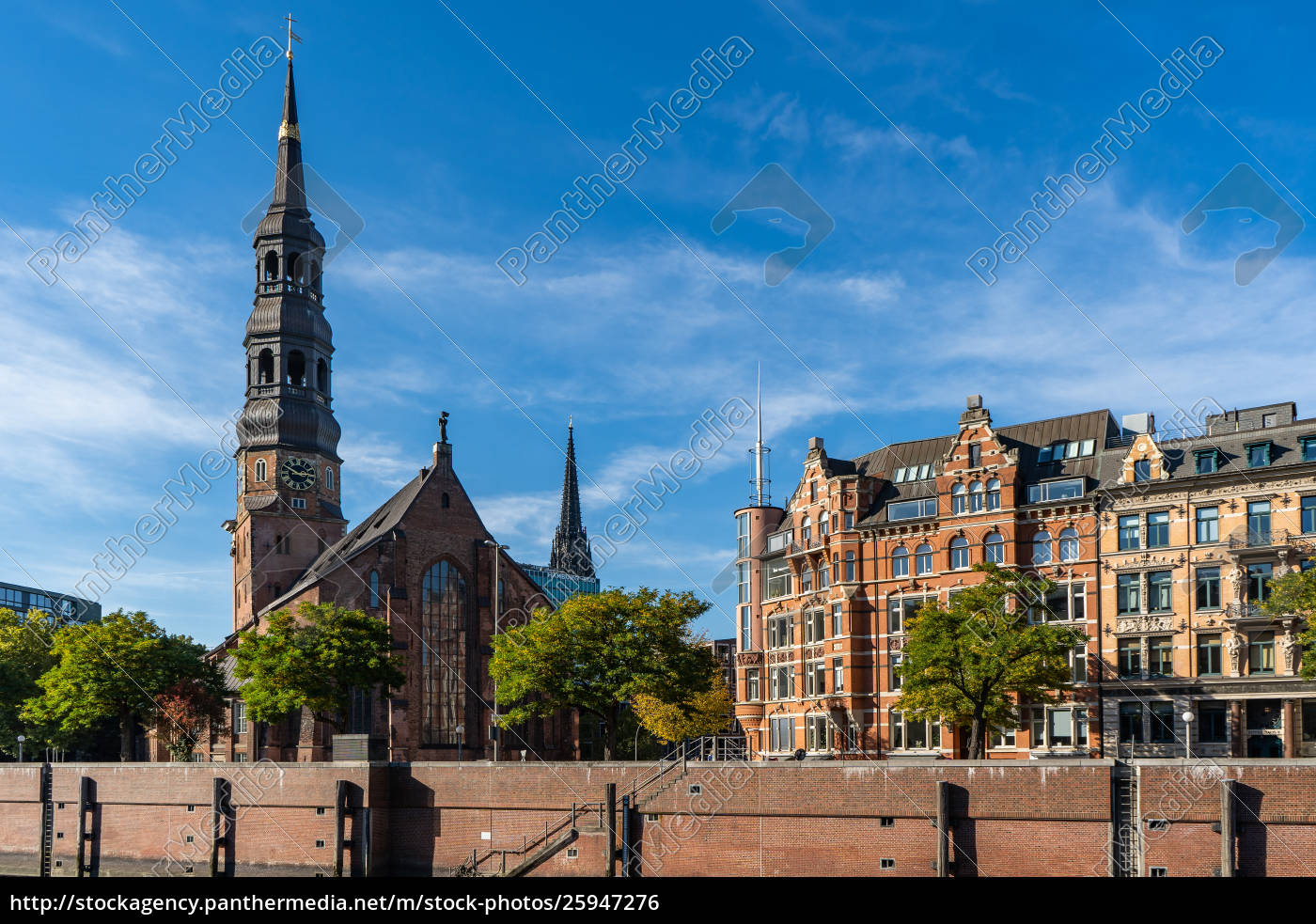 view, from, the, speicherstadt, to, the - 25947276