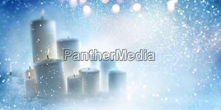 candele in blu freddo inverno nevoso