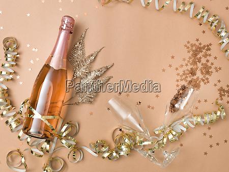 sfondo di capodanno con bottiglia di