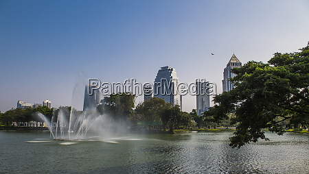 view of fountain in lake at