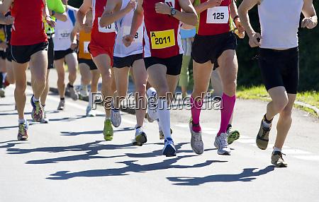 mezza maratona corridore
