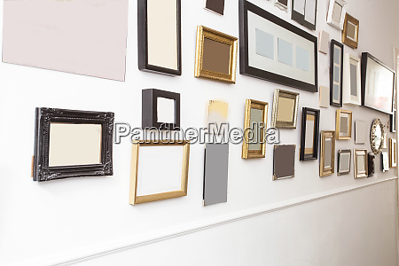 various many blank small picture frames