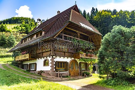 casa nella foresta nera