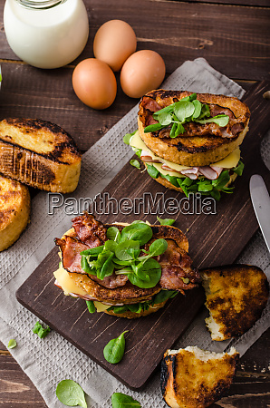 french toast with homemade ham gouda