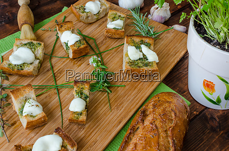 toast with mozzarella olive oil herbs