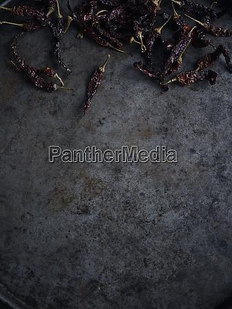 natura, morta, rustica, con, peperoncini, essiccati - 27458090