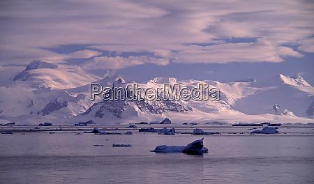 antarctica southern ocean dawn at antarctica
