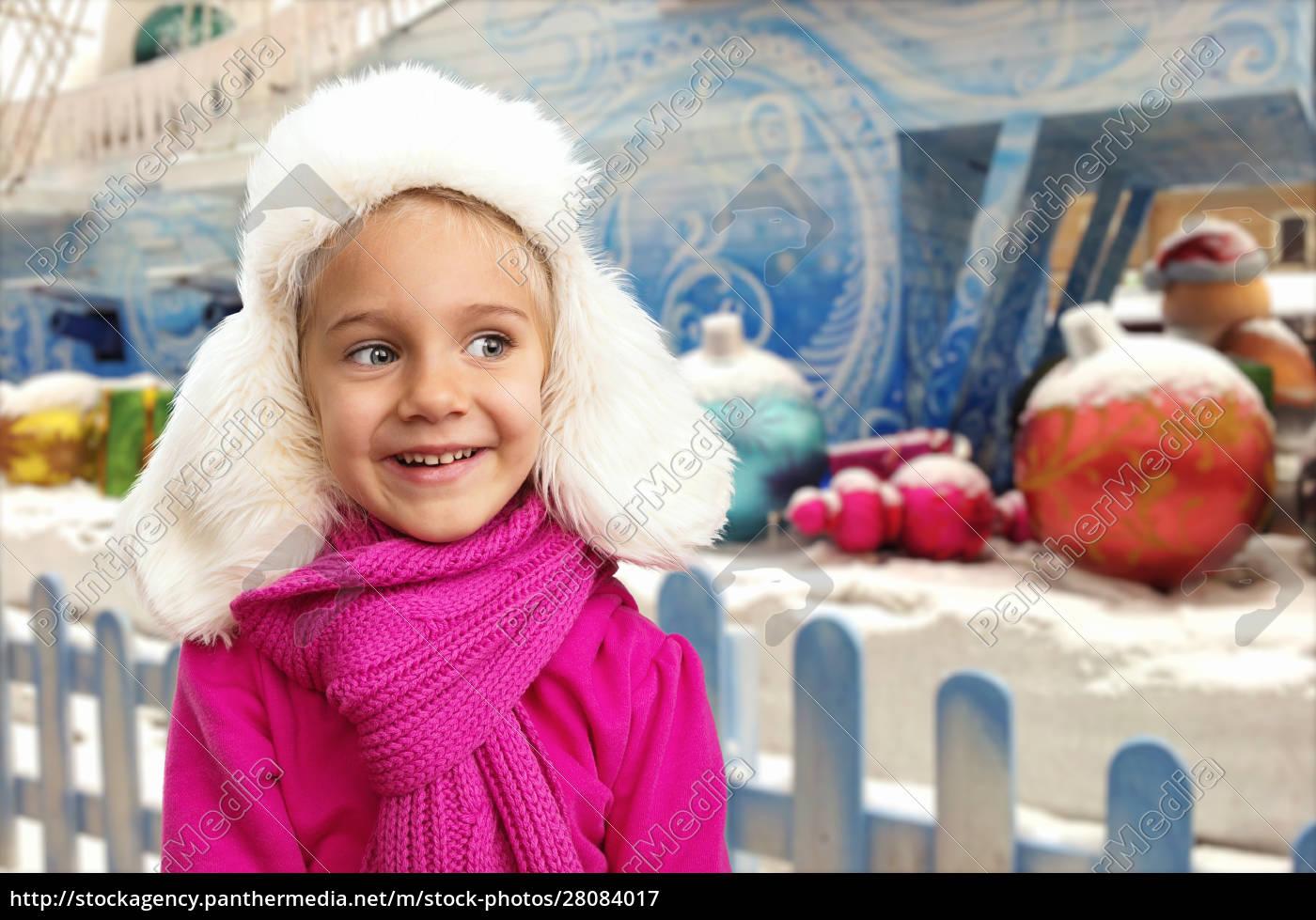 small, girl, in, winter, interior - 28084017