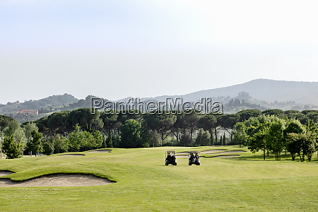 buggies sul campo da golf