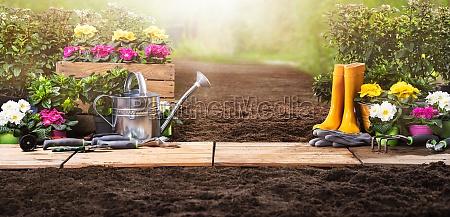 set di strumenti di giardinaggio e