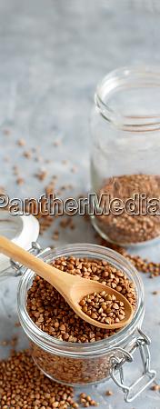 grano di grano secco crudo in