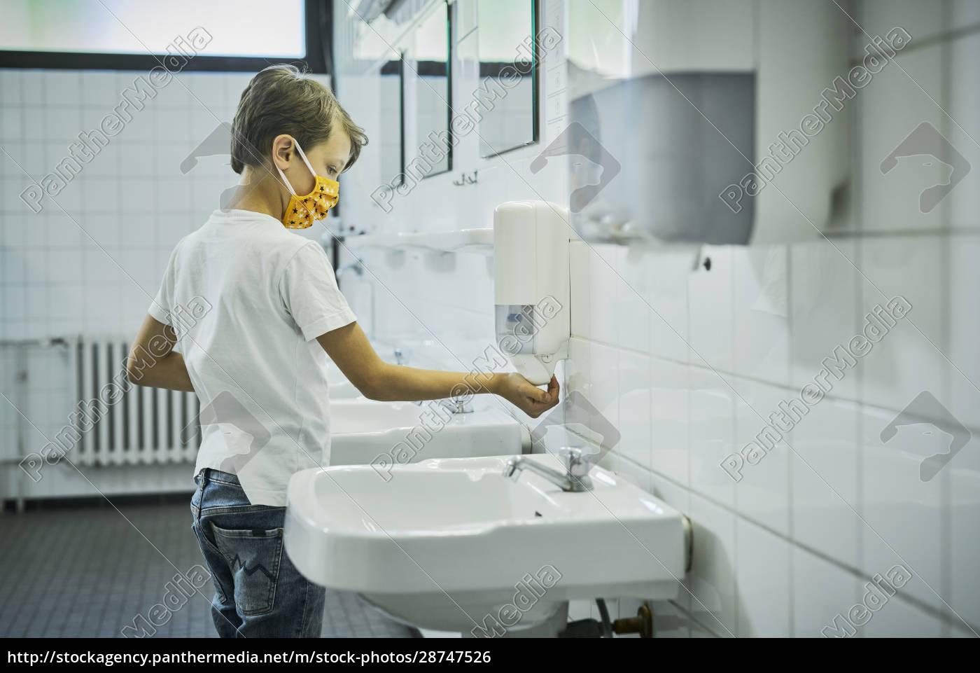 boy, wearing, mask, on, school, toilet - 28747526