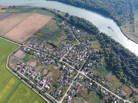 top, view, of, the, small, village. - 28992365