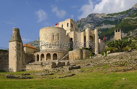 albania kruje museo skanderbeg nella fortezza