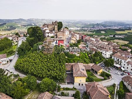 vista drone della citta rurale vecchia